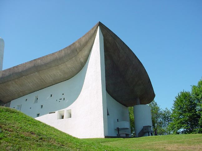 1950–1954: Chapelle Notre Dame du Haut, Ronchamp, France