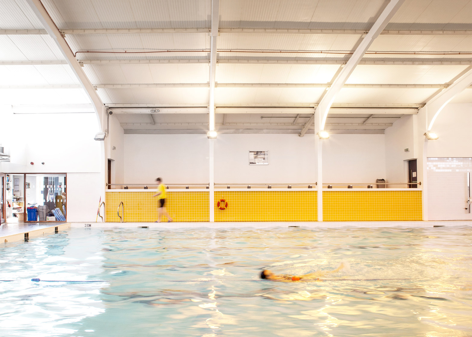 nenagh-leisure-centre-town-park-abk-architects-county-tipperary-ireland-swimming-pool_dezeen_1568_5