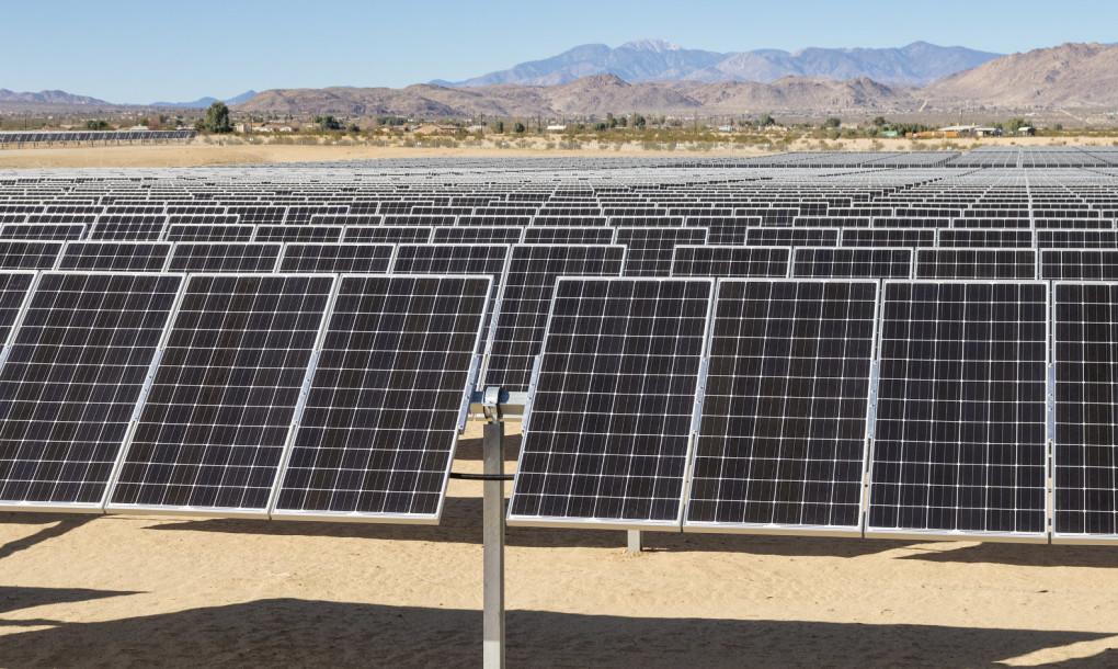 large-scale-solar-farm-Mojave-Desert-California-1020x610