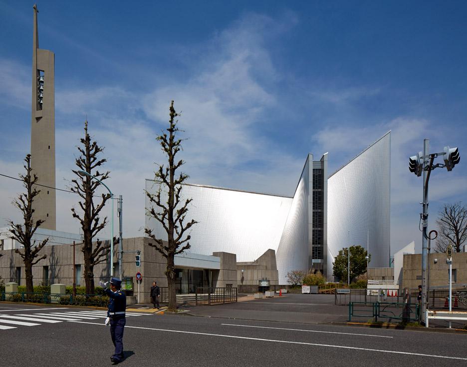 st-marys-cathedral-kenzo-tange-edmund-sumner-photography-tokyo-japan_dezeen_936_0