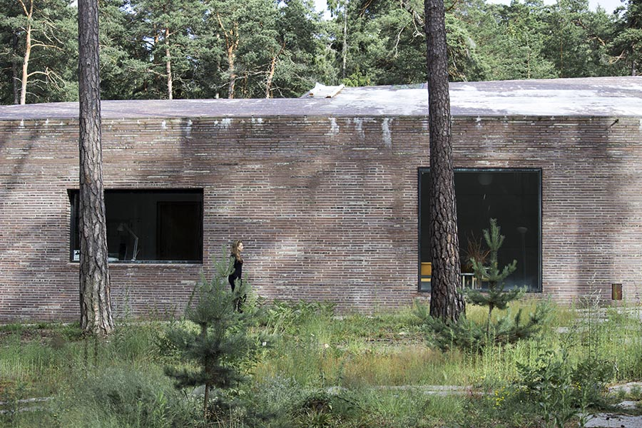 studio_esinam_woodland_cemetery_18