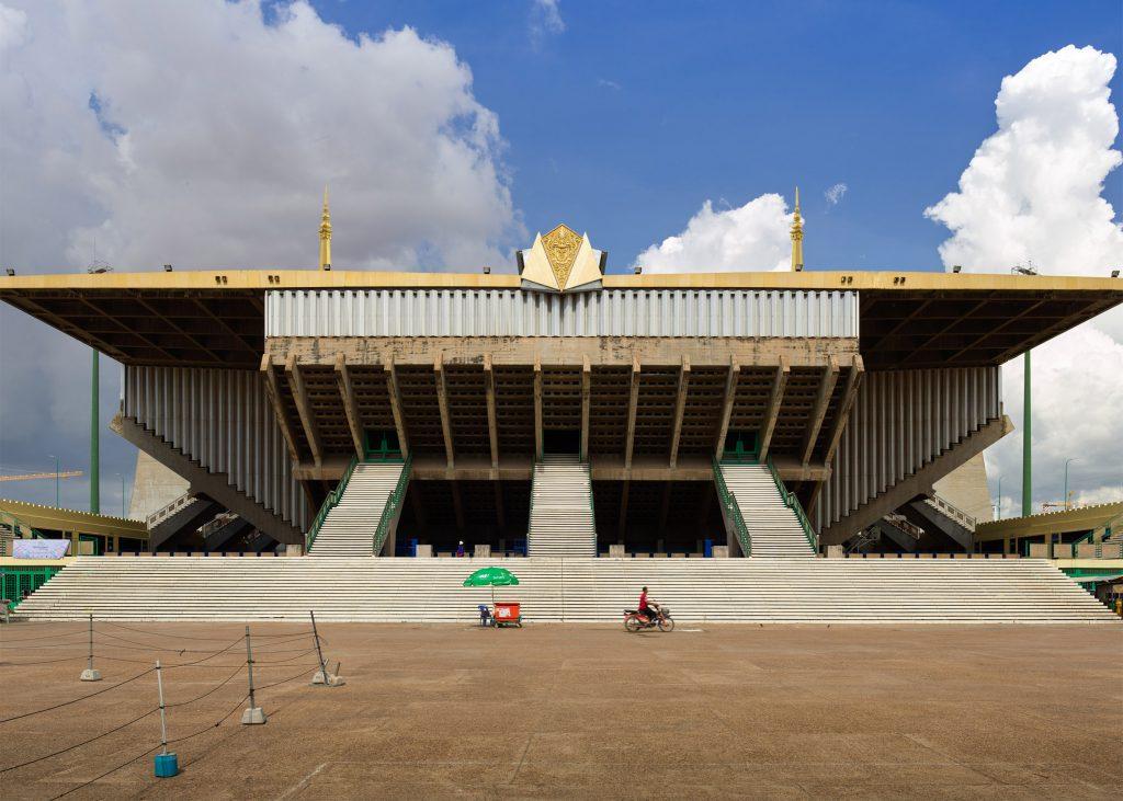 vann-molyvann-olympic-stadium-phnom-penh-cambodia-virgile-simon-bertrand-photography_dezeen_2364_ss_3-1024x731