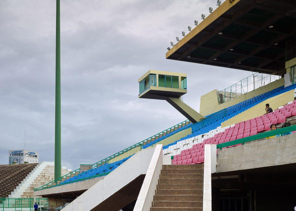 vann-molyvann-olympic-stadium-phnom-penh-cambodia-virgile-simon-bertrand-photography_dezeen_2364_ss_4-1024x732