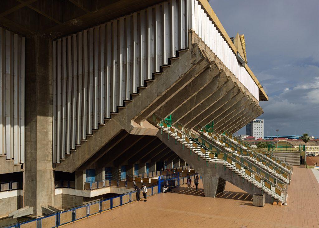 vann-molyvann-olympic-stadium-phnom-penh-cambodia-virgile-simon-bertrand-photography_dezeen_2364_ss_7-1024x732