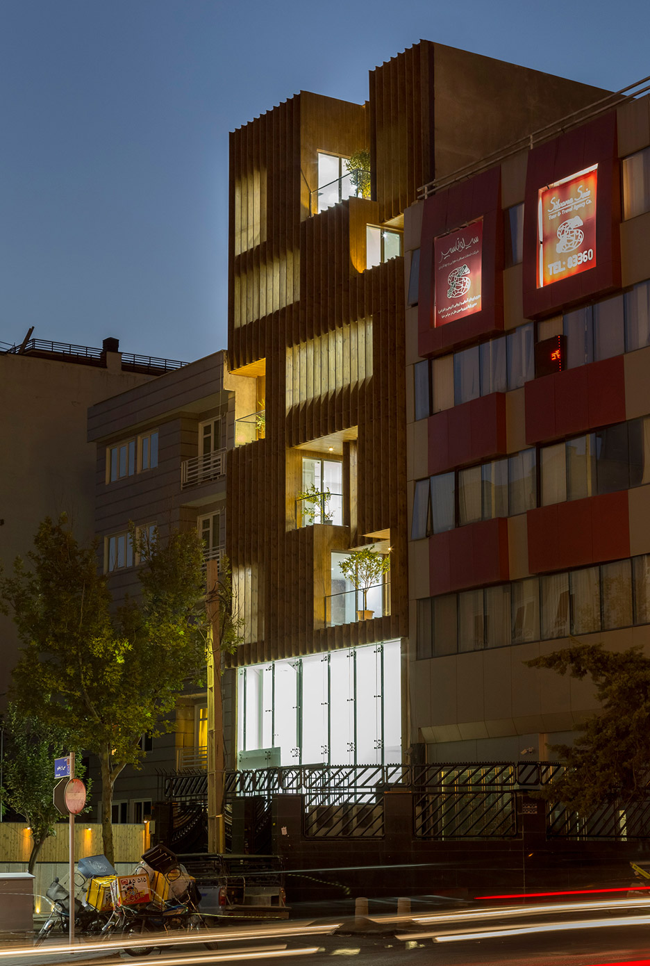 office-block-tehran-lp2-architecture-studio-iran-commercial-facade-connection-relationship-interior-exterior-wood_dezeen_936_10