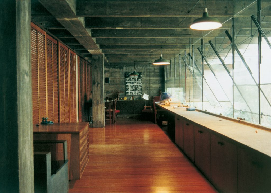 riba-gold-medal-winner-paulo-mendes-da-rocha-architecture-news_dezeen_2364_ss_1-1024x731