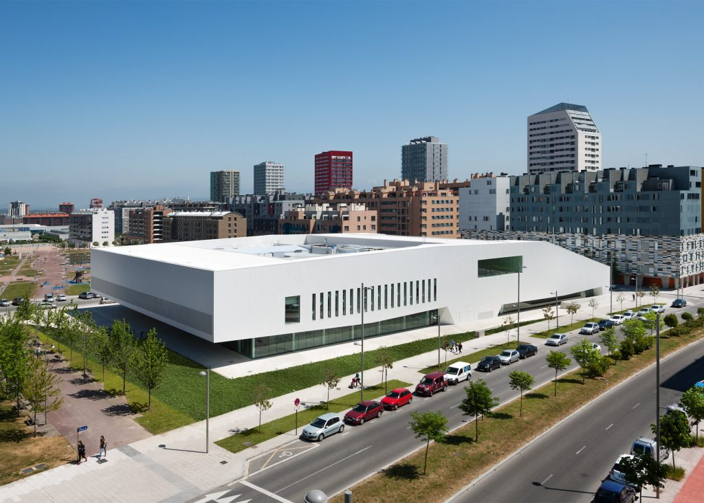شهری واجتماعی: مرکز سالبورئا، در ویتوریا گاستیز، اسپانیا. از IDOM