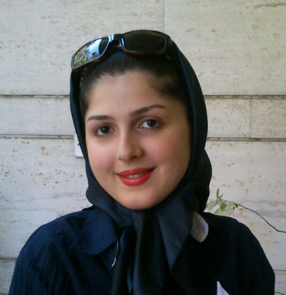 سارا عباس پور