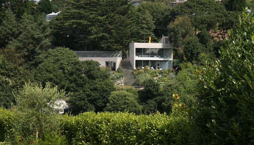 خانهی «کریک وین» اثر تیم فور (۱۹۶۶)