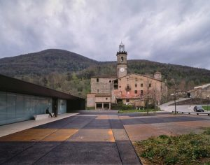 Recretation and culture zones, Riudaura. Girona 1994 . 1999