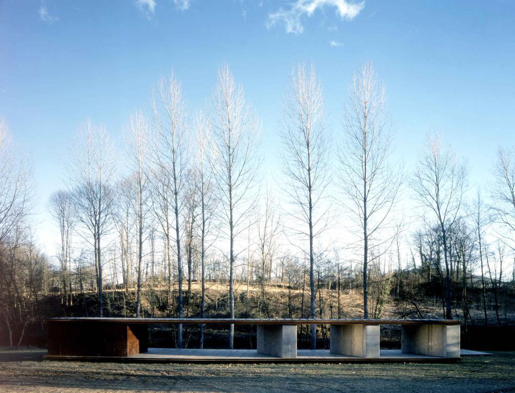 Bathing Pavilion Tossols Basil, Olot. Girona 1995 . 1998