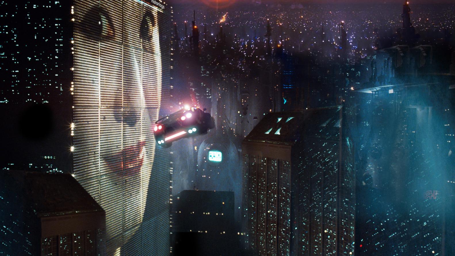 مگالاپولیس (زنجیرهای از چندمنطقه کلانشهری که تقریباً به یکدیگر پیوند خوردهاند) خیالی San Angeles در فیلم Blade Runner – The android hunter به کارگردانی ریدلی اسکات (Ridley Scott)