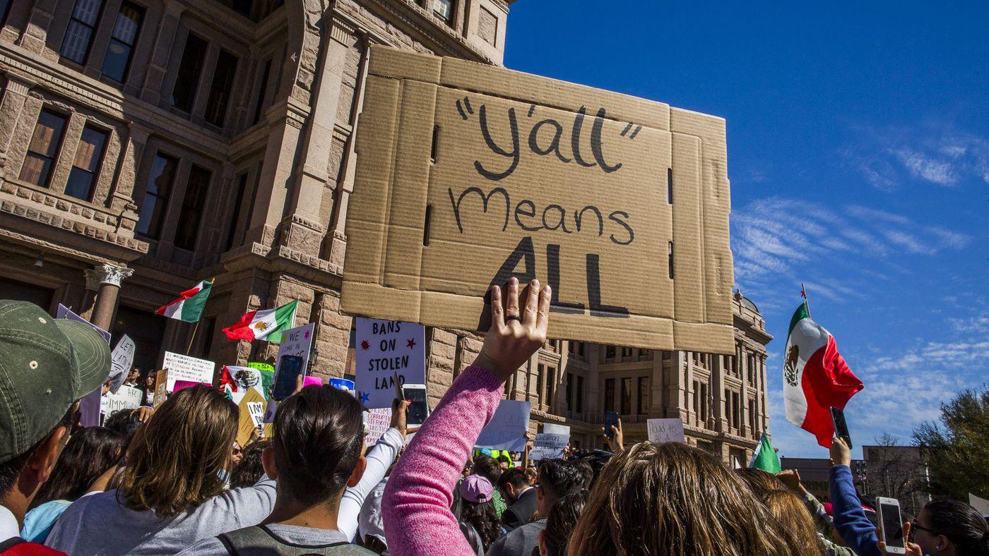 «روز بدون مهاجرت» شهر آستین، تگزاس. اعتراضی به سیاستهای مهاجرتی ترامپ